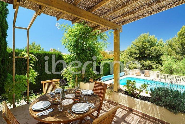 Villa   à Moraira pour 6 personnes avec piscine privée p1