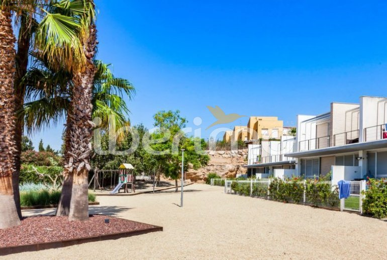 Villa   à L'Ampolla pour 6 personnes avec piscine commune p4