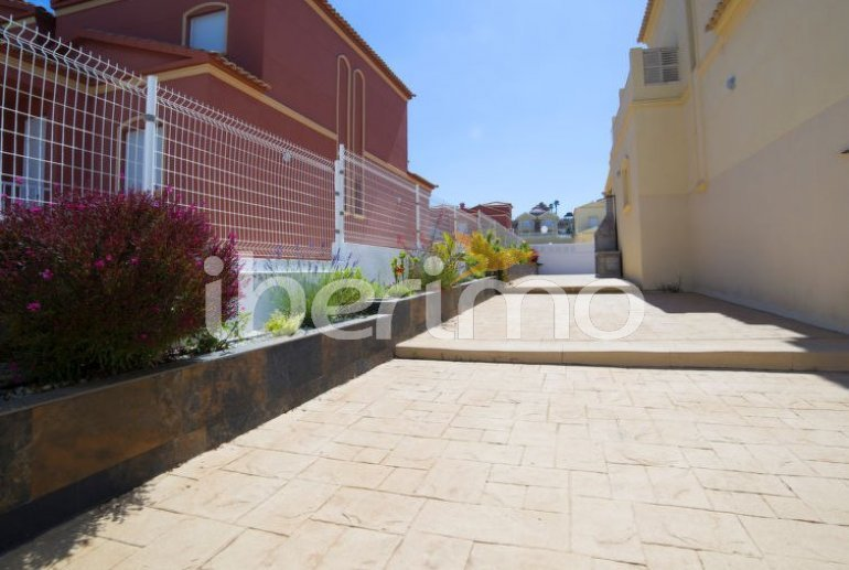 Villa   à Calpe pour 8 personnes avec piscine commune p7