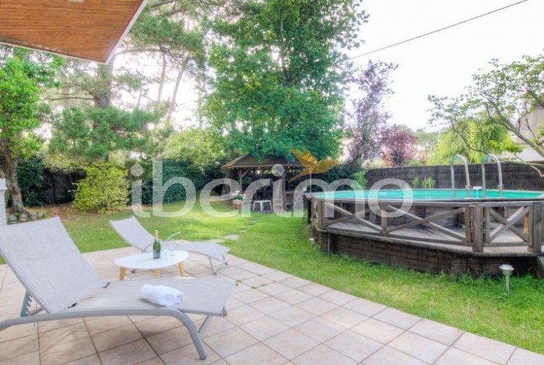 Villa   à Carnac pour 10 personnes avec piscine privée p6