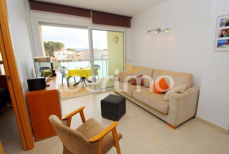 Appartement   à L'Escala pour 4 personnes avec parking privé, climatisation et proche mer p3