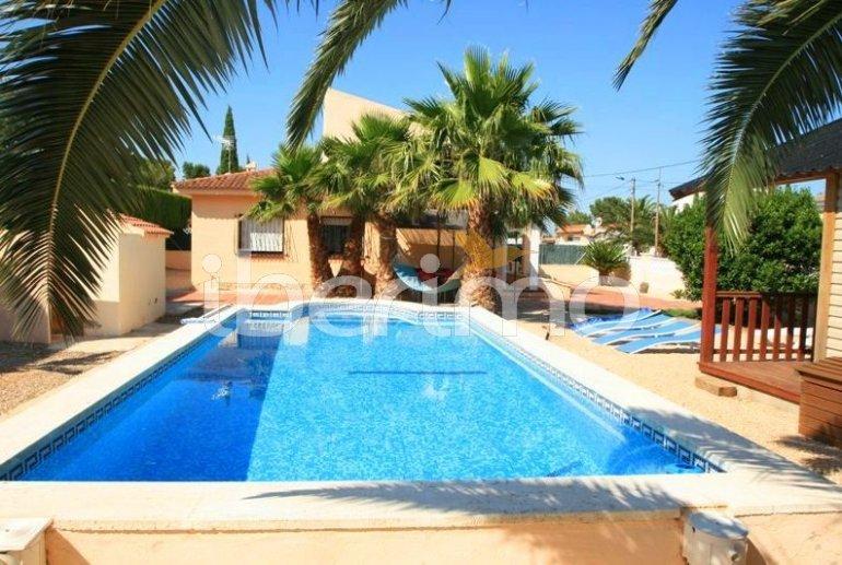 Villa   à Ametlla de Mar pour 12 personnes avec piscine privée p2