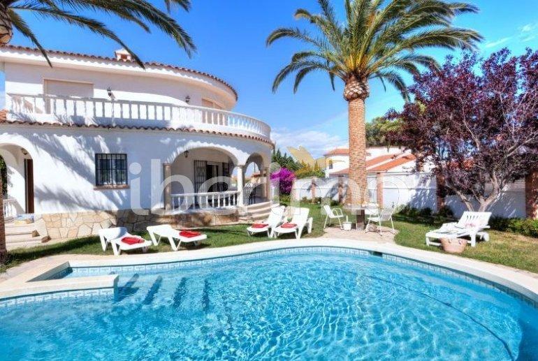 Villa   à Miami Platja pour 8 personnes avec piscine privée p4