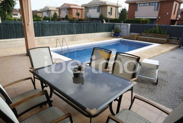 Villa   à L'Ampolla pour 6 personnes avec piscine privée p4