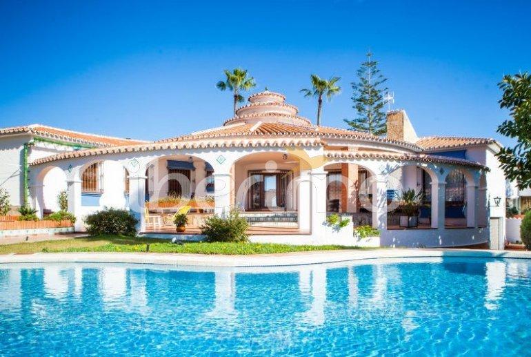 Villa   à Rincón de la Victoria pour 6 personnes avec piscine privée p0