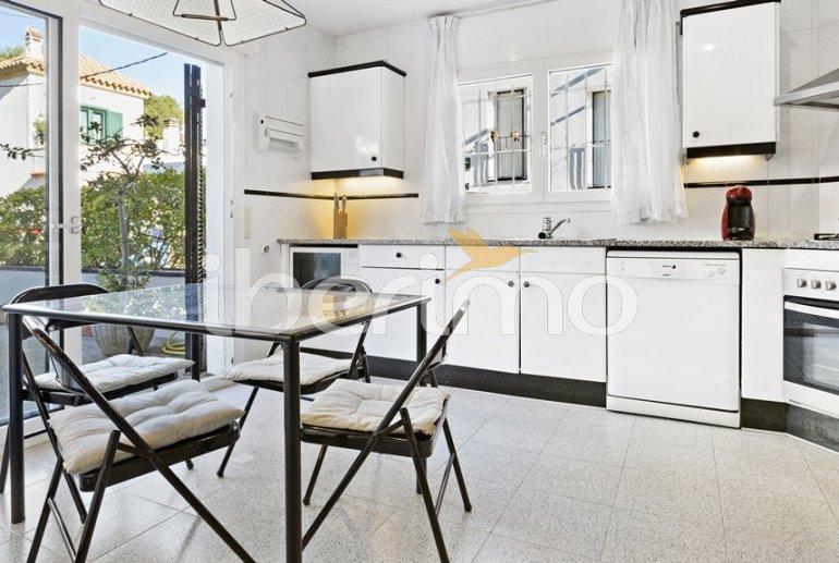 Appartement   à Llafranc pour 7 personnes avec lave-vaisselle et proche mer p4