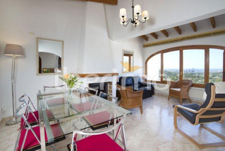 Villa   à Calpe pour 6 personnes avec piscine commune p3