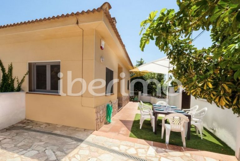 Villa   à Lloret del Mar pour 8 personnes avec piscine privée p5